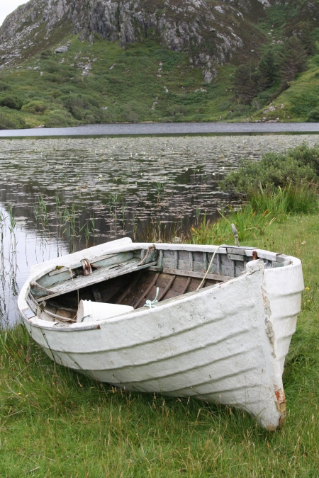 My White Boat and White Light and White Lotus Peace. Tarbet, 25.08.15